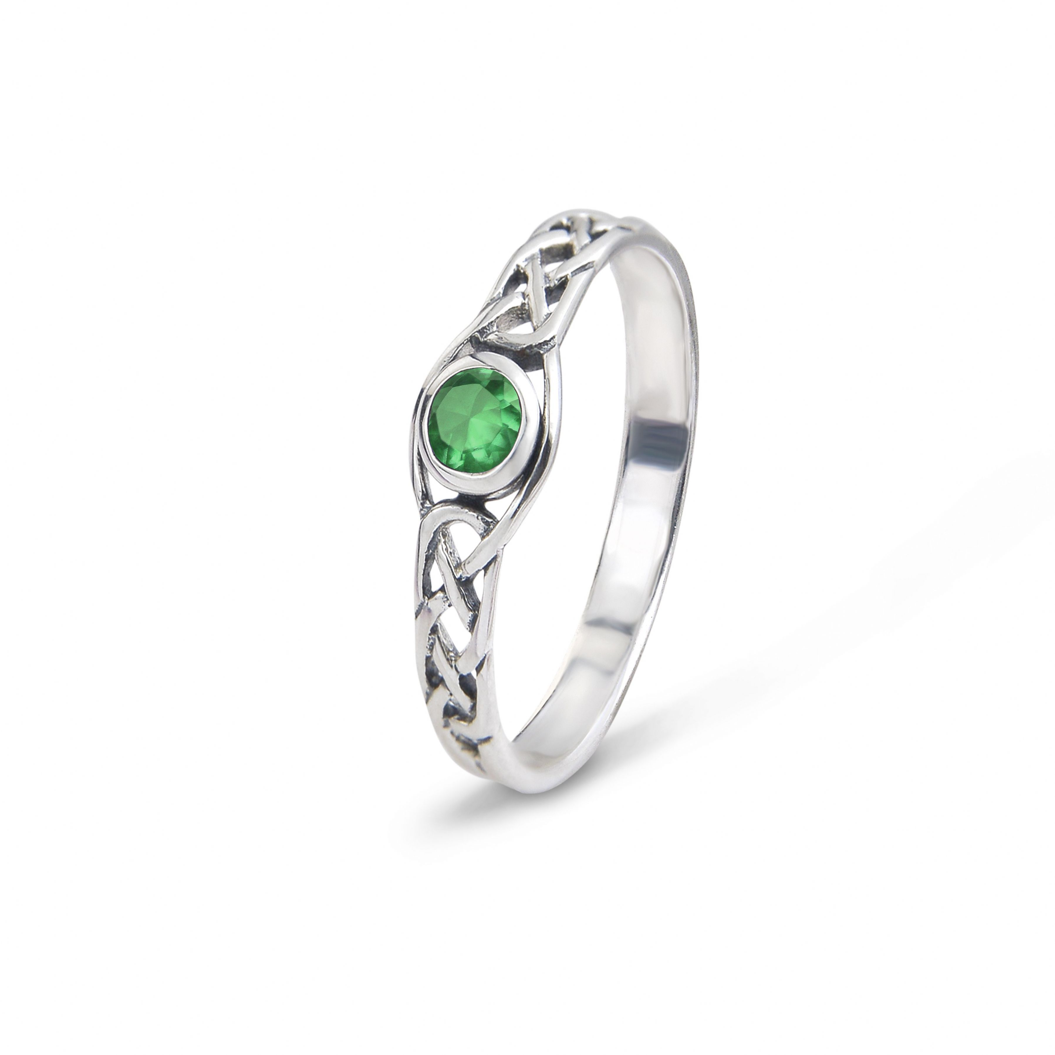 Celtic Silver Ring With A Emerald Colour Stone 9456